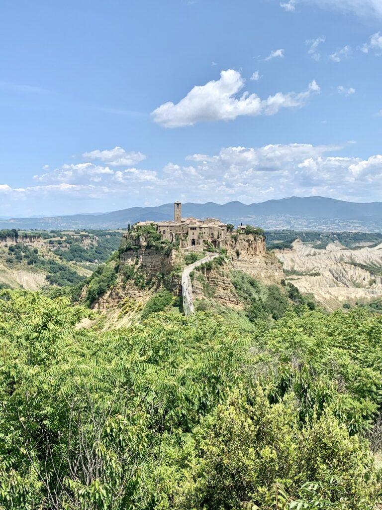 Πανοραμική θέα της Civita από το Bagnoreggio
